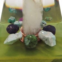 Orgonite Rubi, Esmeralda, Granada Vermelha, Amazonite e Jade Verde, Pirâmide Núbia L