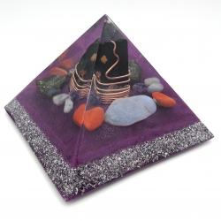 Orgonite  Turmalina Negra, Calcedônia, Jaspe Vermelho, Ametista, Água Marinha, Labradorite e Pirite, Piramide Keops XL