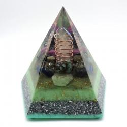 Orgonite Turquesa, Pirite, Obsidiana Floco de Neve, Rubi, Berilo Azul, Lápis- Lazúli e Amazonite, Pirâmide Pentagonal XL